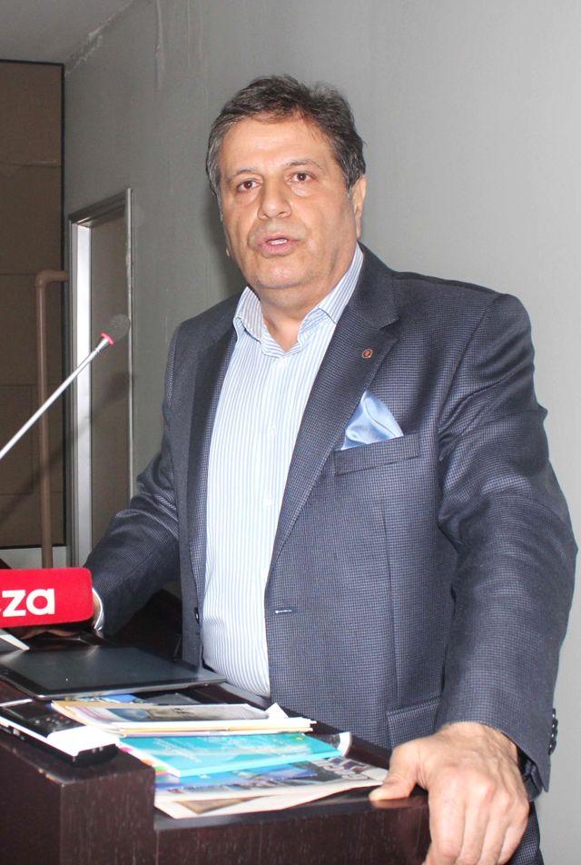 Özer 'Adana Gelişmiyor' İddiası