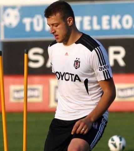 Trabzonspor Batuhan Karadeniz'i Gündemine Aldı.