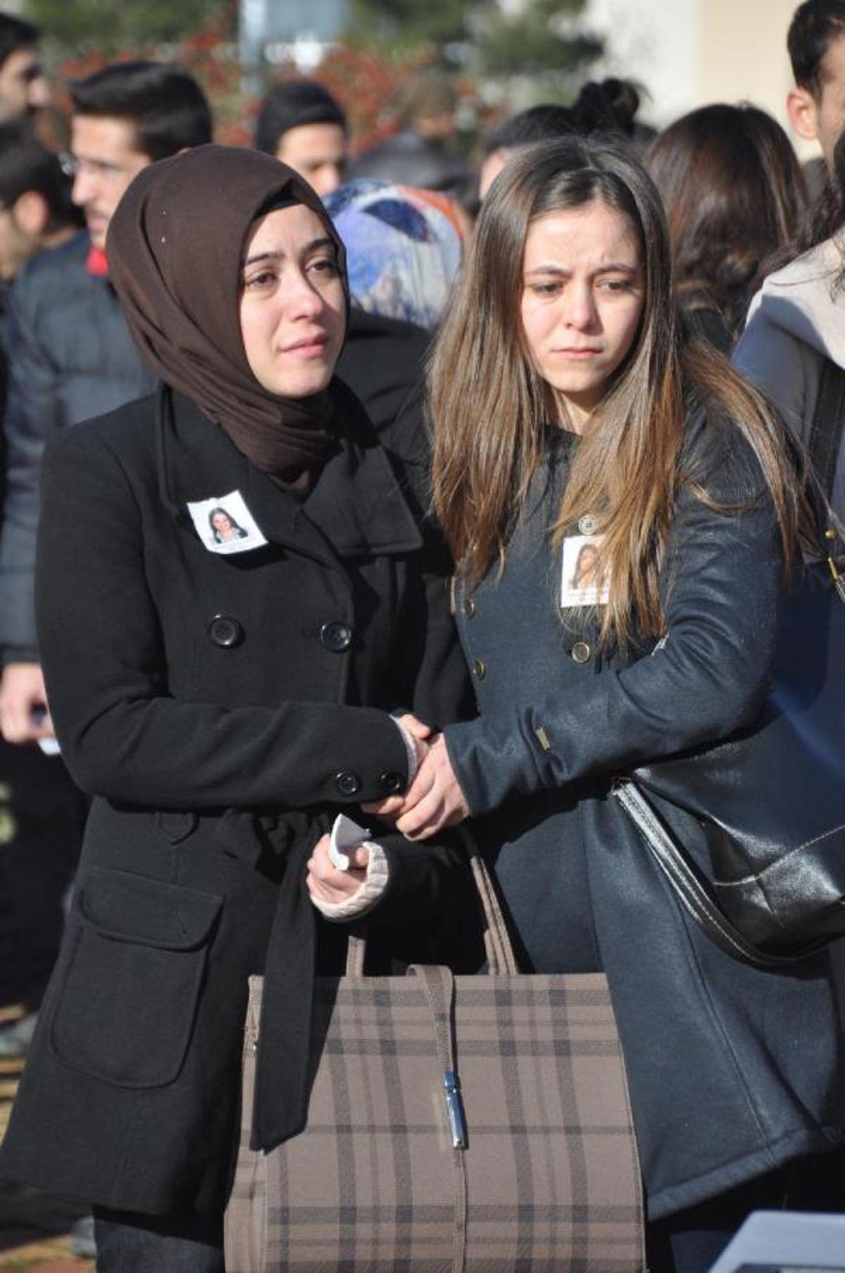 Kaza Kurbanı Üniversiteli Muhsine'ye Hüzünlü Veda