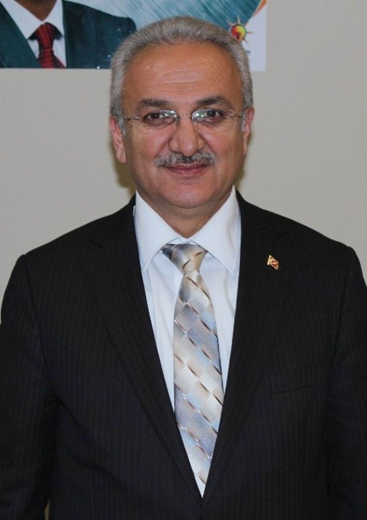 Erzincan'da AK Parti Adayı Cemalettin Başsoy Kazandı