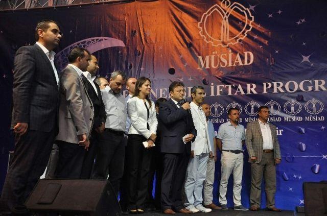 Başbakan, Balıkesir Müsiad'ın İftarına Canlı Bağlandı