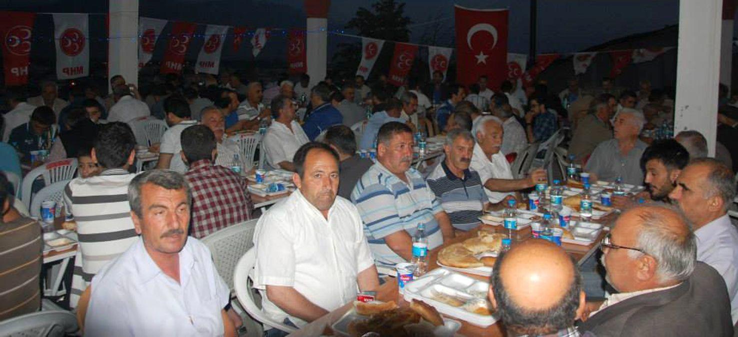 MHP Göksun İlçe Teşkilatı İftar Yemeğinde Buluştu