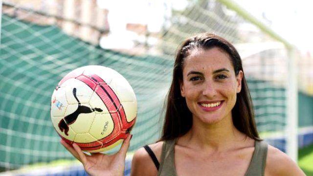 Alman Futbolunun Türk Güzeli Antalya'da