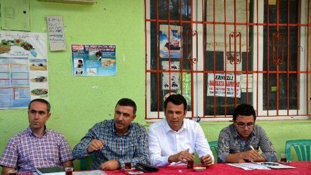 DSİ Bölge Müdürü Özgür, Kaş'ta Vatandaşları Dinledi