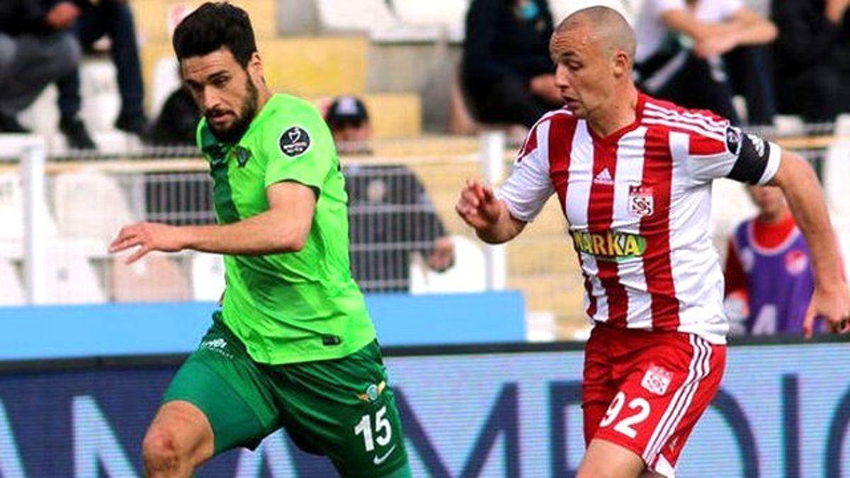 Sivasspor, Akhisar Belediyespor ile 1-1 Berabere Kaldı