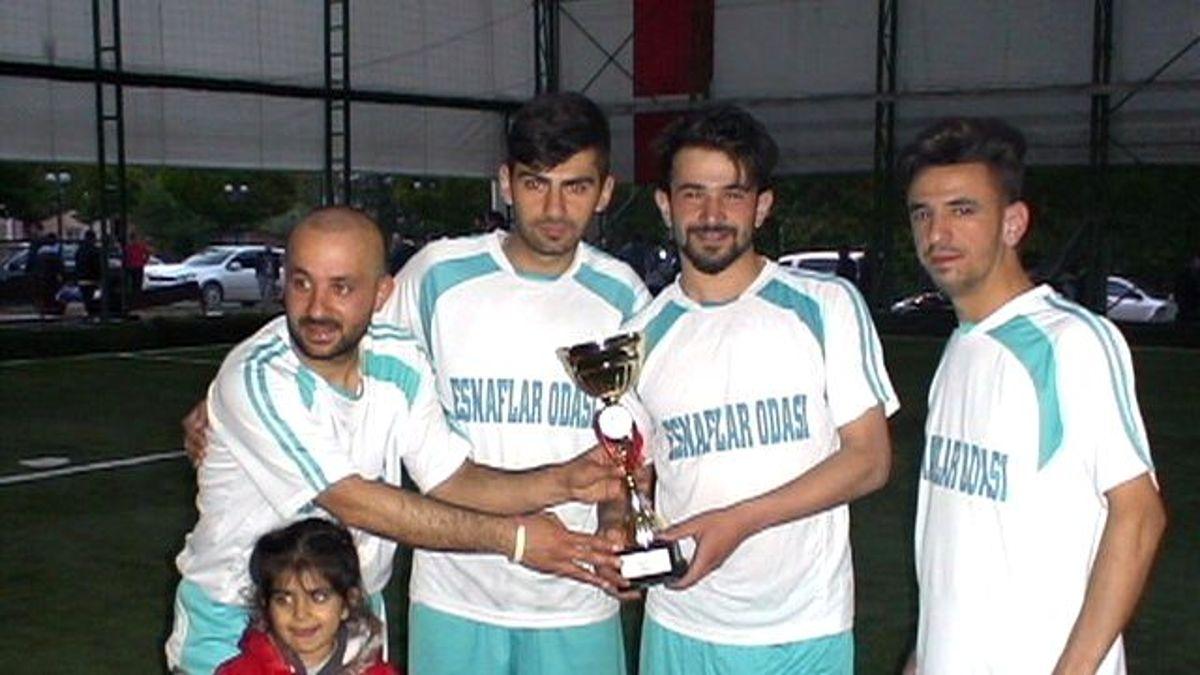 Halı Saha Futbol Turnuvası Kupası Sahibini Buldu