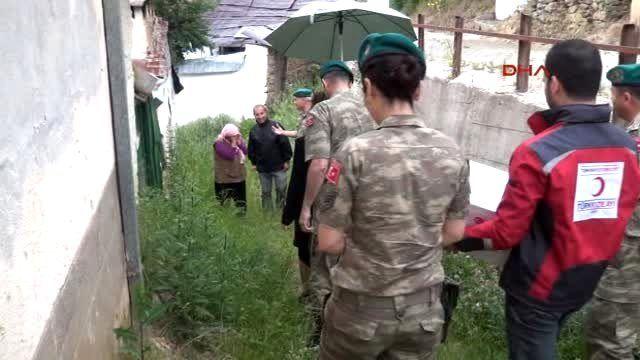 Türk Kızılayı?ndan Balkanlar'da 19 Bin Aileye Yardım Paketi