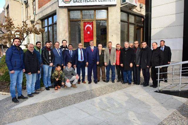 Ak Partili Güvenç'ten Manisa Gazeteciler Cemiyeti'ne Ziyaret
