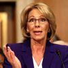 ABD Eğitim Bakanı Devos'un Okul Ziyaretine Protesto Engeli