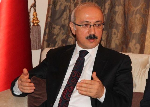 Bakan Elvan: 'Yeni Anayasa ile Engelli Koşu Kalkacak, Engelsiz Koşu Başlayacak'