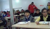 Çanakkale Depremzede Öğrencilere Kızılay'dan Kahvaltı