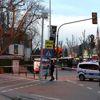 Beşiktaş'ta Otobüs Duraklarına Bırakılan Çanta Fünyeyle Patlatıldı