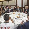 CHP Lideri Kılıçdaroğlu Gazi ve Şehit Yakınlarıyla Bir Araya Geldi - Ek Fotoğraflar
