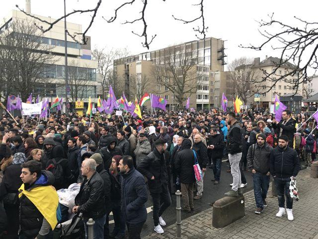 Almanya'dan Sonra Hollanda da PKK Yürüyüşüne İzin Verdi