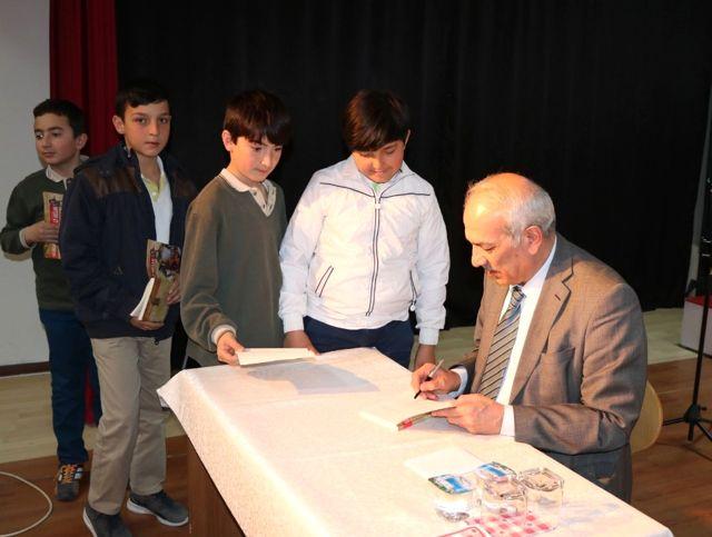 Yozgat'ta Yazarlar Öğrencilerle Buluştu