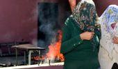 Uyuşturucu Tacirleri Polisin Bastığı Evin Damında 200 Kilo Esrar Yaktı