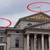 Almanya'da Bavyera Opera Binasına Hayır Bayrağı Dikildi