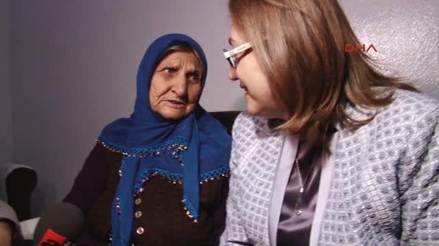 Huzurevinde Kalmak İstemeyen Yaşlı Kadın Eve Yerleştirildi