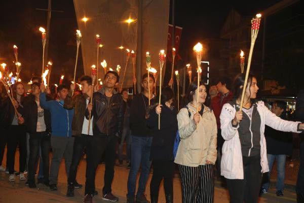 Dha Ankara - Ankara Gölbaşı'nda Meşaleli 19 Mayıs Yürüyüşü