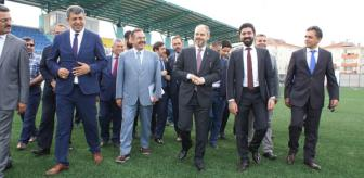 Mustafa Akkaya: Bakan Kılıç, Çubuk Stadı'nda İncelemede Bulundu