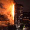 Londra'da 5 Binada Yangın Tahliyesi