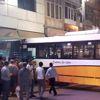 Malatya'da Freni Boşalan Otobüs Kuyumcu Dükkanına Girdi