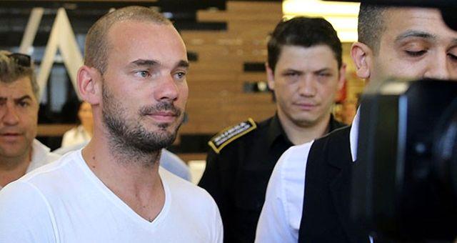 Galatasaraylı Sneijder: Formamı Belhanda'ya Veren Tudor'a Saygı Duyuyorum