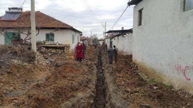 9 Mahalleye 105 Kilometre Kanalizasyon ve İçme Suyu Hattı