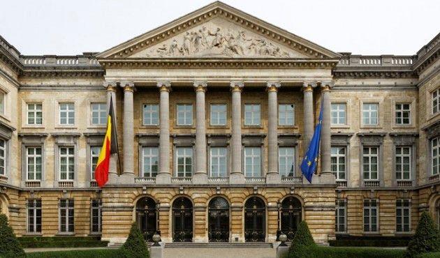 Belçikalı Siyasetçiler, 49 Bin Ek İş Yapıyor