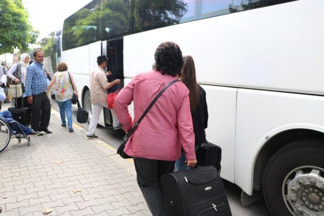 Tren Seferleri Durmuştu: Yolcular Otobüslerle Taşınıyor