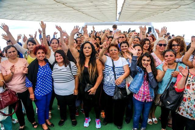 7 Bin Kadın Boğaz'la Buluştu