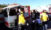 Hafriyat Kamyonu ile Minibüs Çarpıştı: 1 Ölü, 1 Yaralı