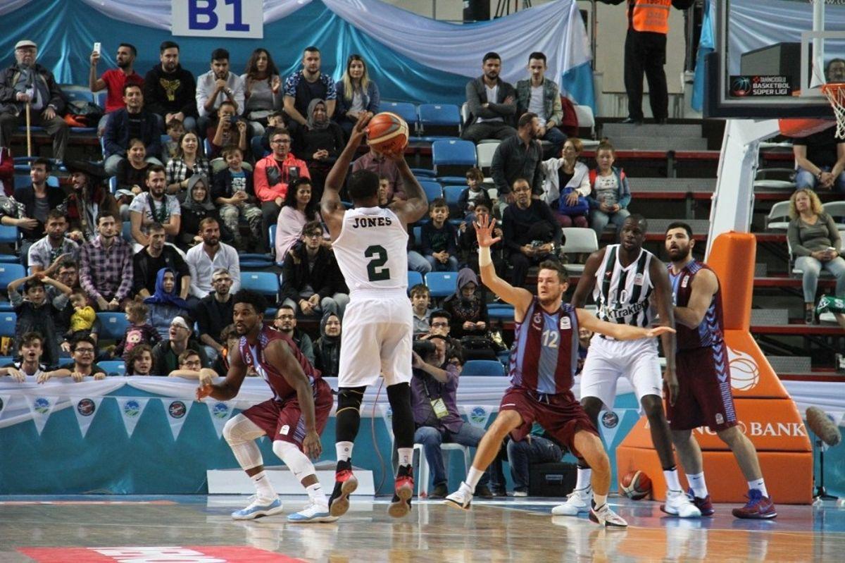 Sakarya Büyükşehir Basket'ten Tarihi Galibiyet