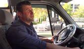 Meslekte İlk Yılını Dolduran Minibüs Şoföründen Yolculara İkram