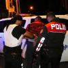 Adana'da Torbacıyı Gözaltına Alan Polise Saldırı