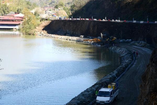 Sera Gölü Çevresindeki Beton Duvar Yıkıldı