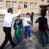 Tunceli Valisi Sonel Öğrencilerle Top Oynadı