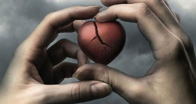 Kırık Kalp Hem Kalıcı Hasar Veriyor Hem de Kalp Krizi Kadar Ciddi Sonuçlar Doğuruyor