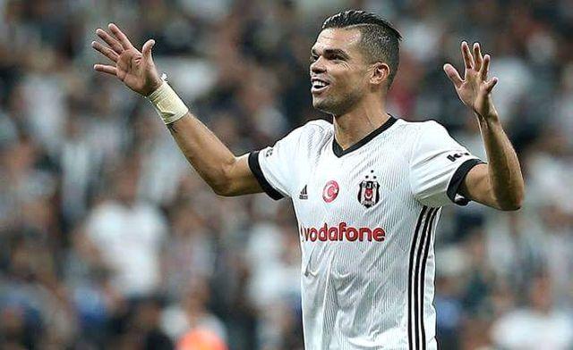 Beşiktaşlı Pepe, Portekiz'in ABD ile Oynadığı Maçta Sakatlandı