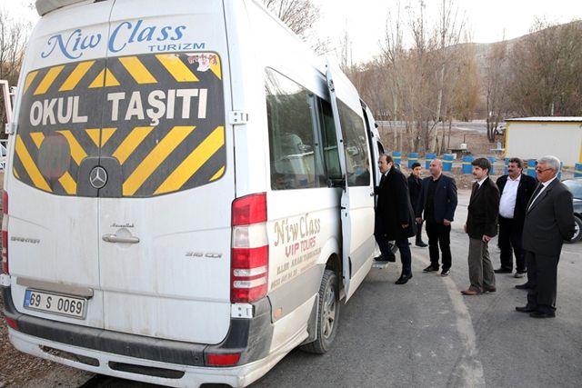 Vali Pehlivan, Özel Eğitim Uygulama Merkezi'ni Ziyaret Etti