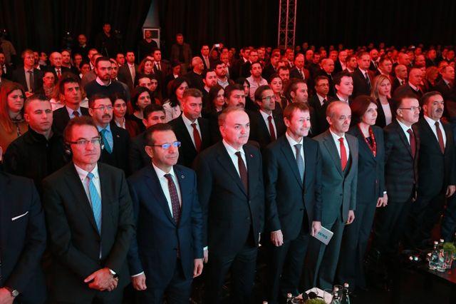 Bakan Özlü Kocaeli'de Fabrika Açılışına Katıldı