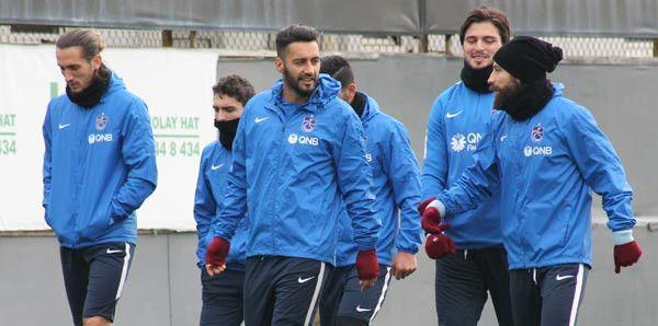 Trabzonspor Sol Gösterip, Sağ Vurdu