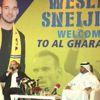 El-Gharafa Takımıyla Anlaşan Sneijder Basına Tanıtıldı