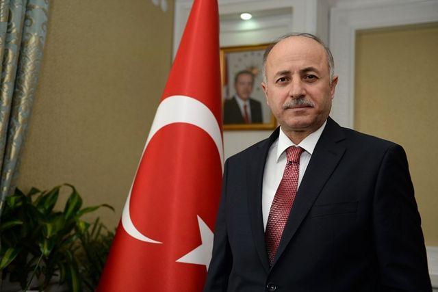 Vali Azizoğlu'ndan 'İdareciler Günü' Mesajı