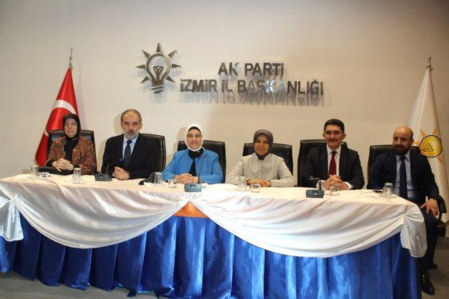 Ravza Kavakçı Kan: 'Artık Saçma Sapan Ayrımcılıklar Geride Kaldı'