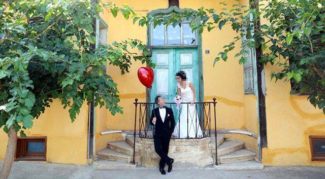Düğün Fotoğraflarını Beğenmeyen Çift, Fotoğrafçıya 6 Bin TL'lik Tazminat Davası Açtı
