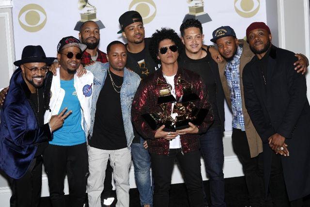 Bruno Mars, Grammy Ödülleri'ne Damga Vurdu