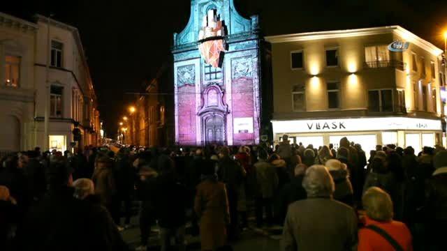 Gent Sokakları Işık Festivali ile Aydınlandı
