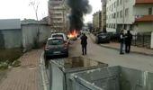 Seyir Halinde Motor Kısmı Tutuşan Otomobil Alev Alev Yandı