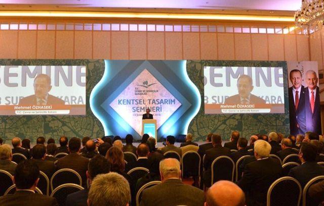 Başkan Toçoğlu Kentsel Tasarım Seminerine Katıldı